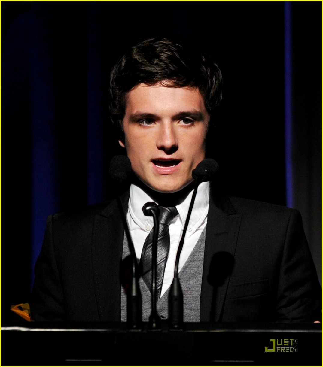 josh hutcherson breakthrough crest 05