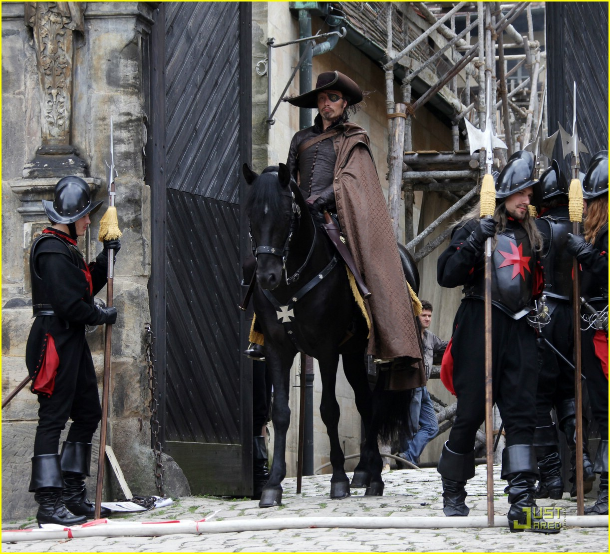 logan lerman musketeers first look 01