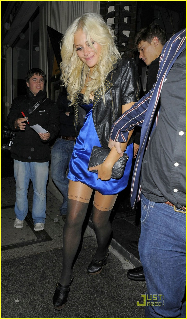 pixie lott oliver cheshire couple 07