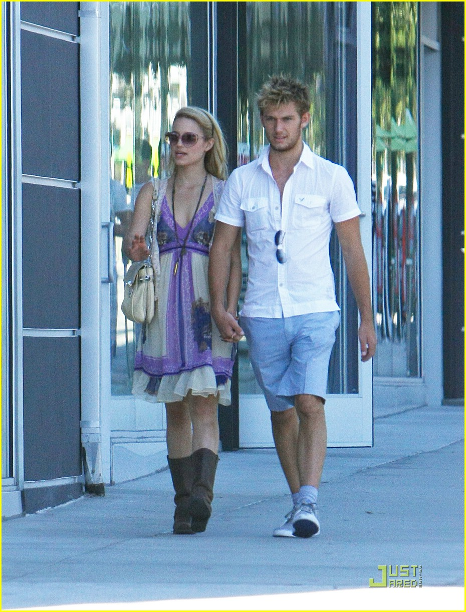 alex pettyfer dianna agron jumps 05