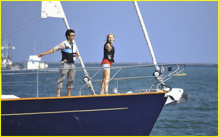 david henrie emily osment jonas 14