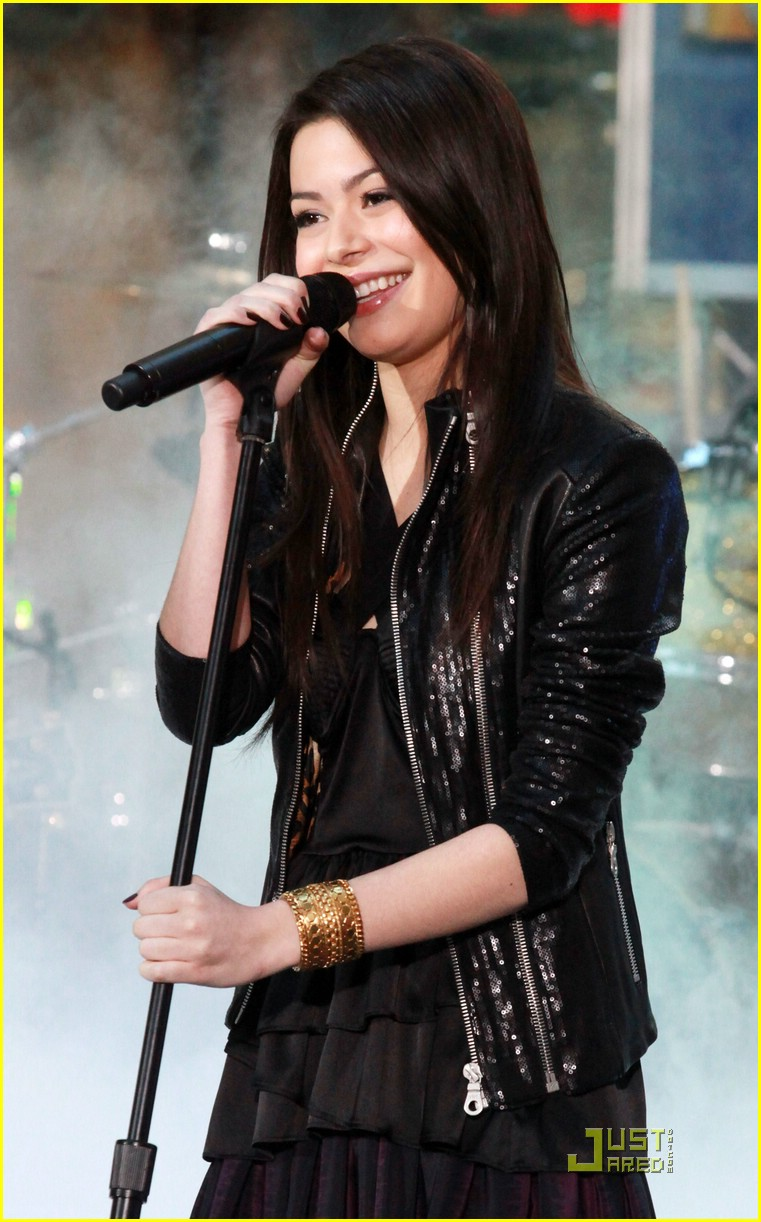 miranda cosgrove today show 31