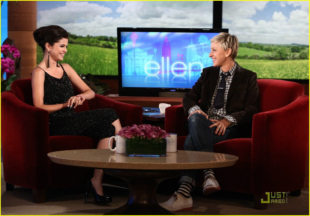 selena gomez ellen show 01