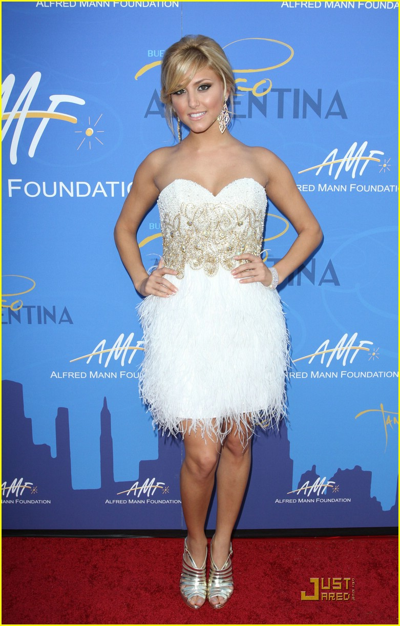ariel winter booboo fivel cassie mann foundation 07