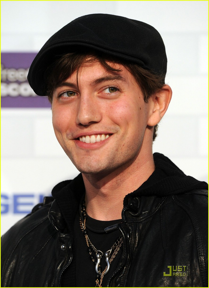 jackson rathbone nikki reed scream awards 05