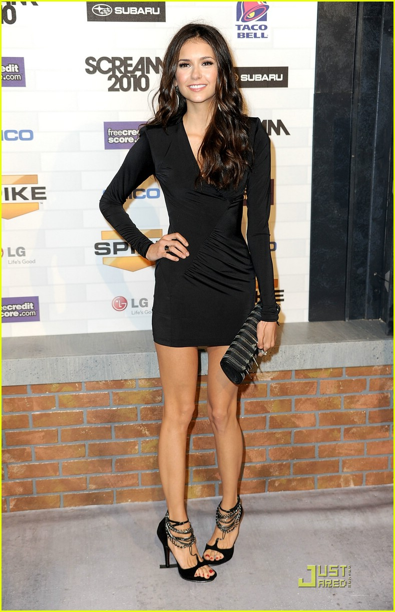 nina dobrev scream awards 11