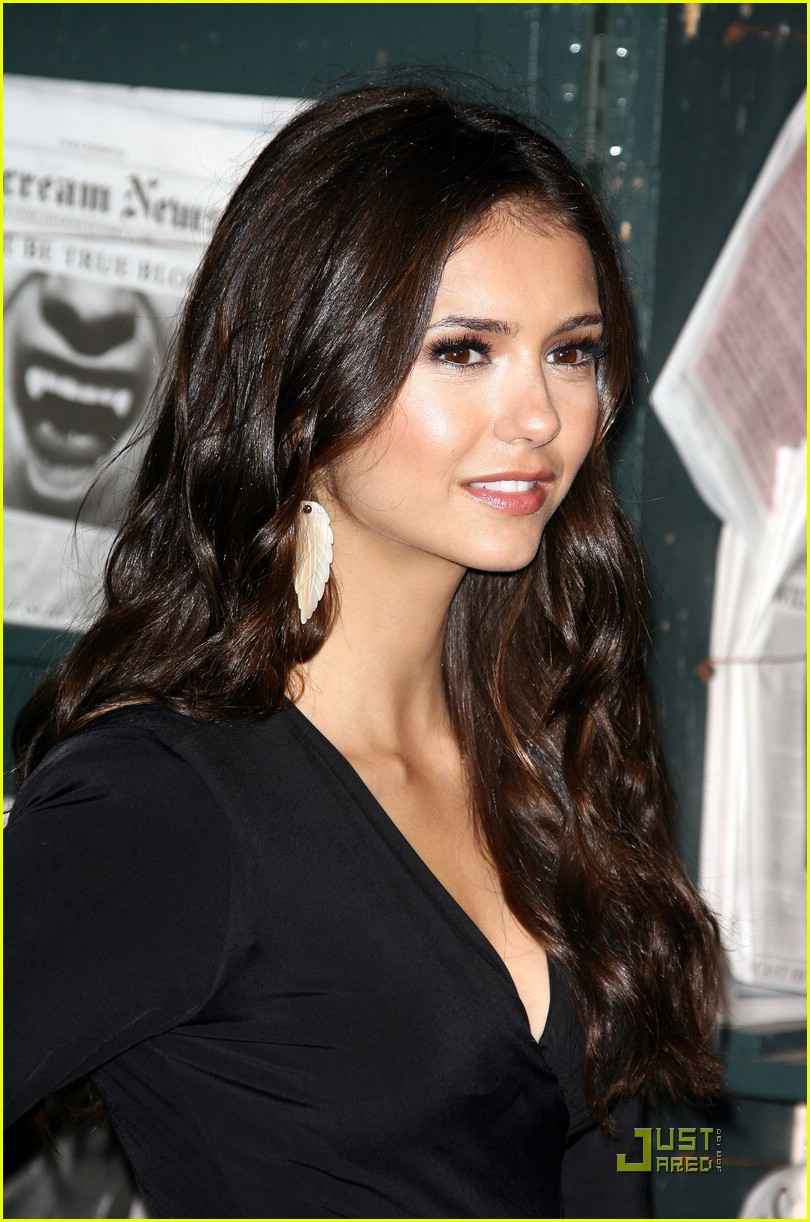 nina dobrev scream awards 16