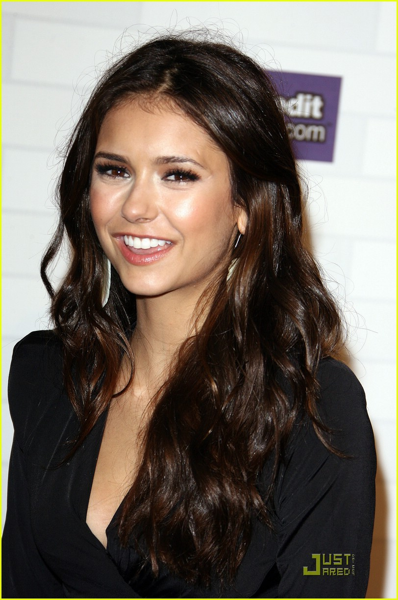 nina dobrev scream awards 18