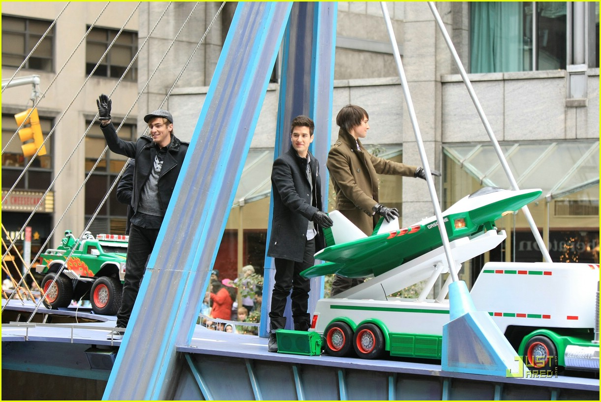 big time rush macys parade 12