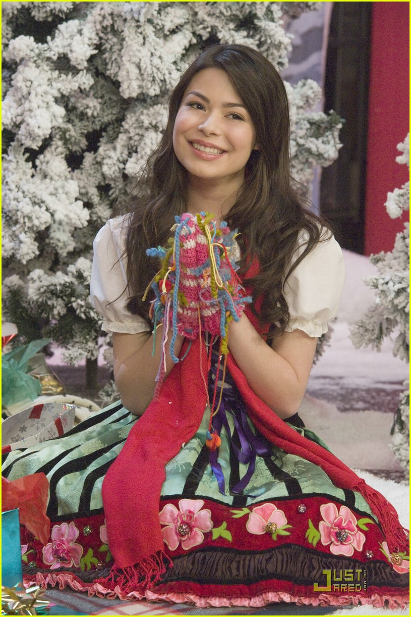 miranda cosgrove big time rush christmas 27