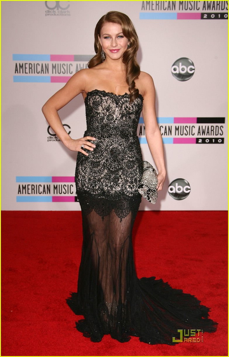 julianne hough 2010 amas 10