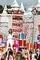 Selena-parade selena gomez disneyland parade 10