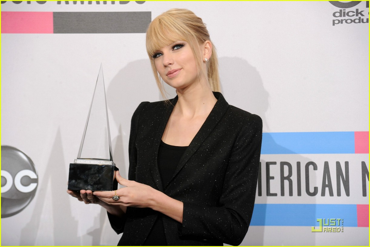 taylor swift december amas 07