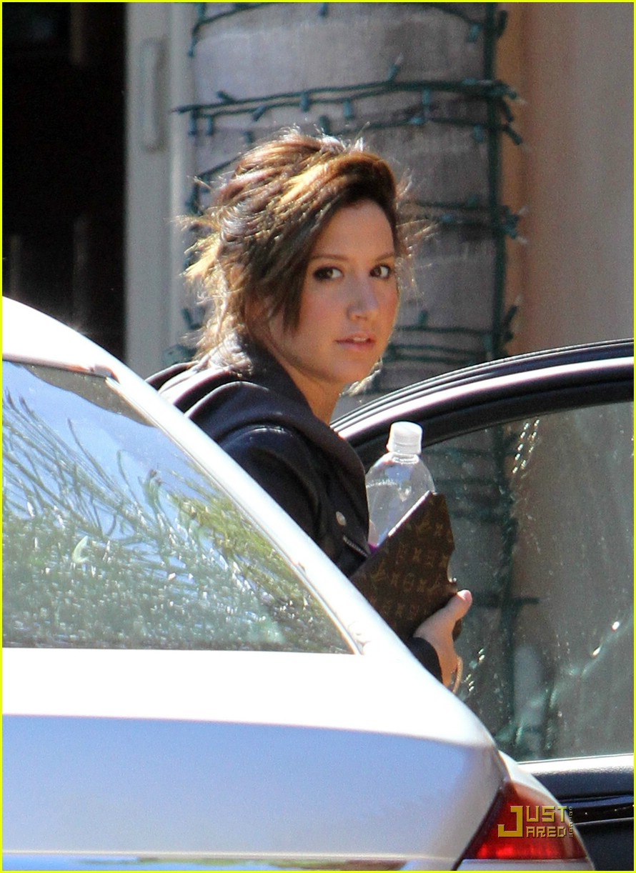 ashley tisdale encino woman 03