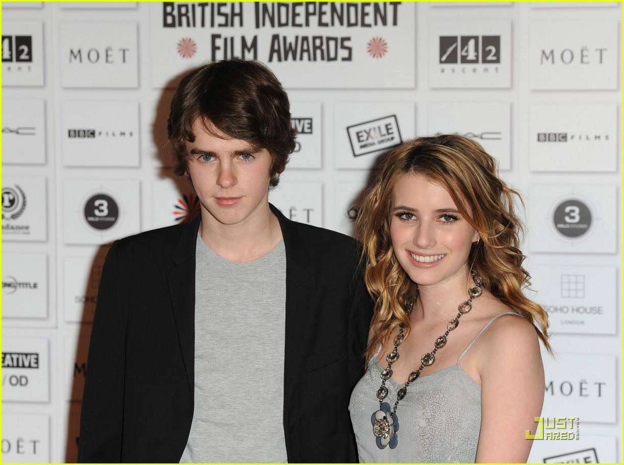 Emma Roberts & Freddie Highmore: Moet Mates | Photo 396392 ...