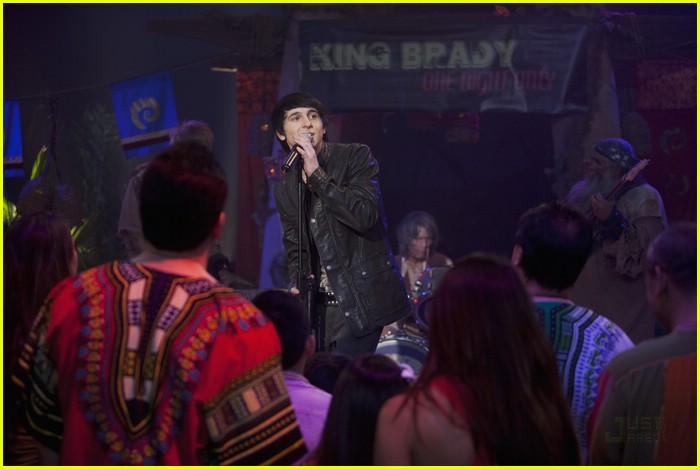 mitchel musso sings pair kings 09