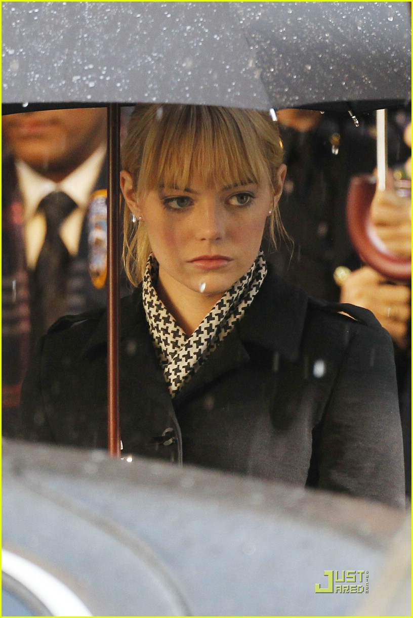 emma stone spiderman scene 01