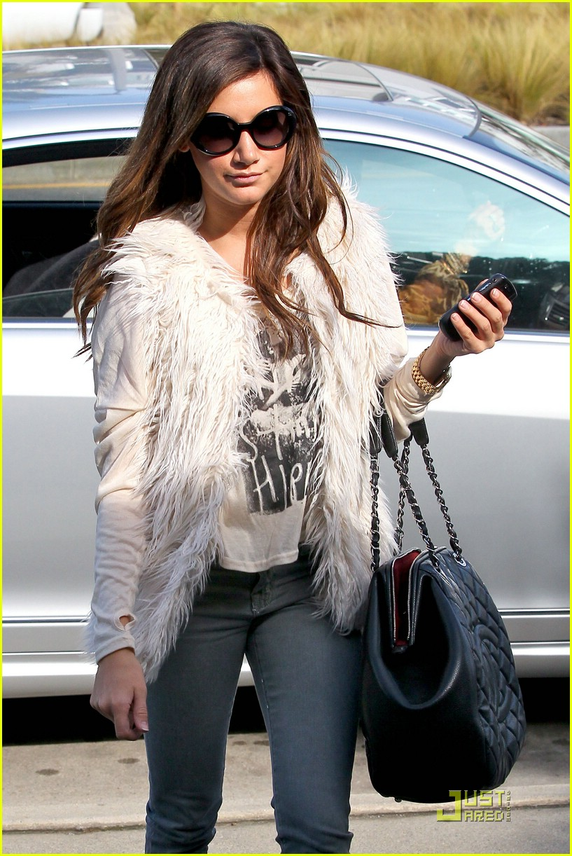 ashley tisdale fuzzy vest 07