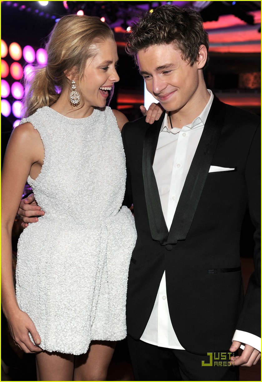 callan mcauliffe teresa palmer gday 05