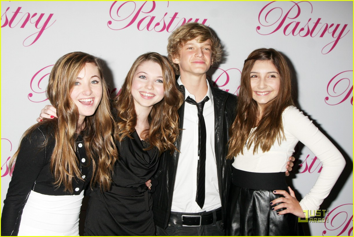 cody simpson bday party 23