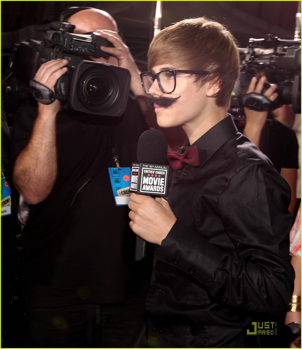 justin bieber critics choice 03