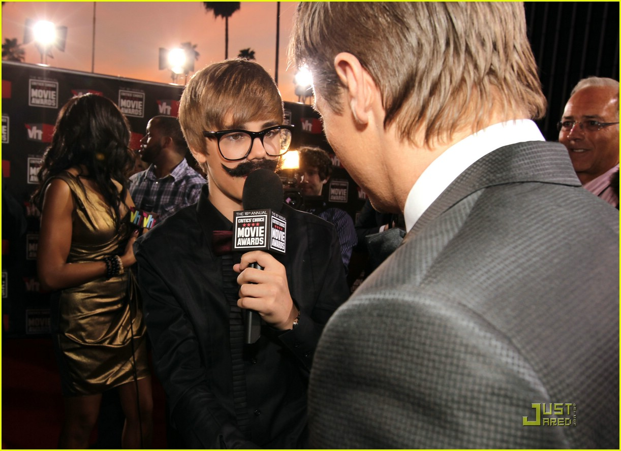 justin bieber critics choice 08