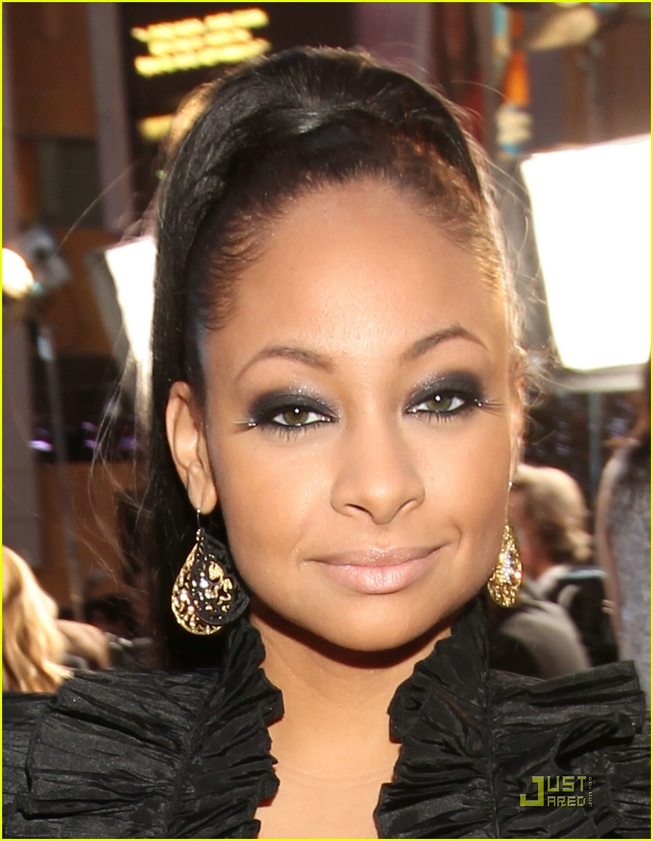 raven symone peoples choice 11