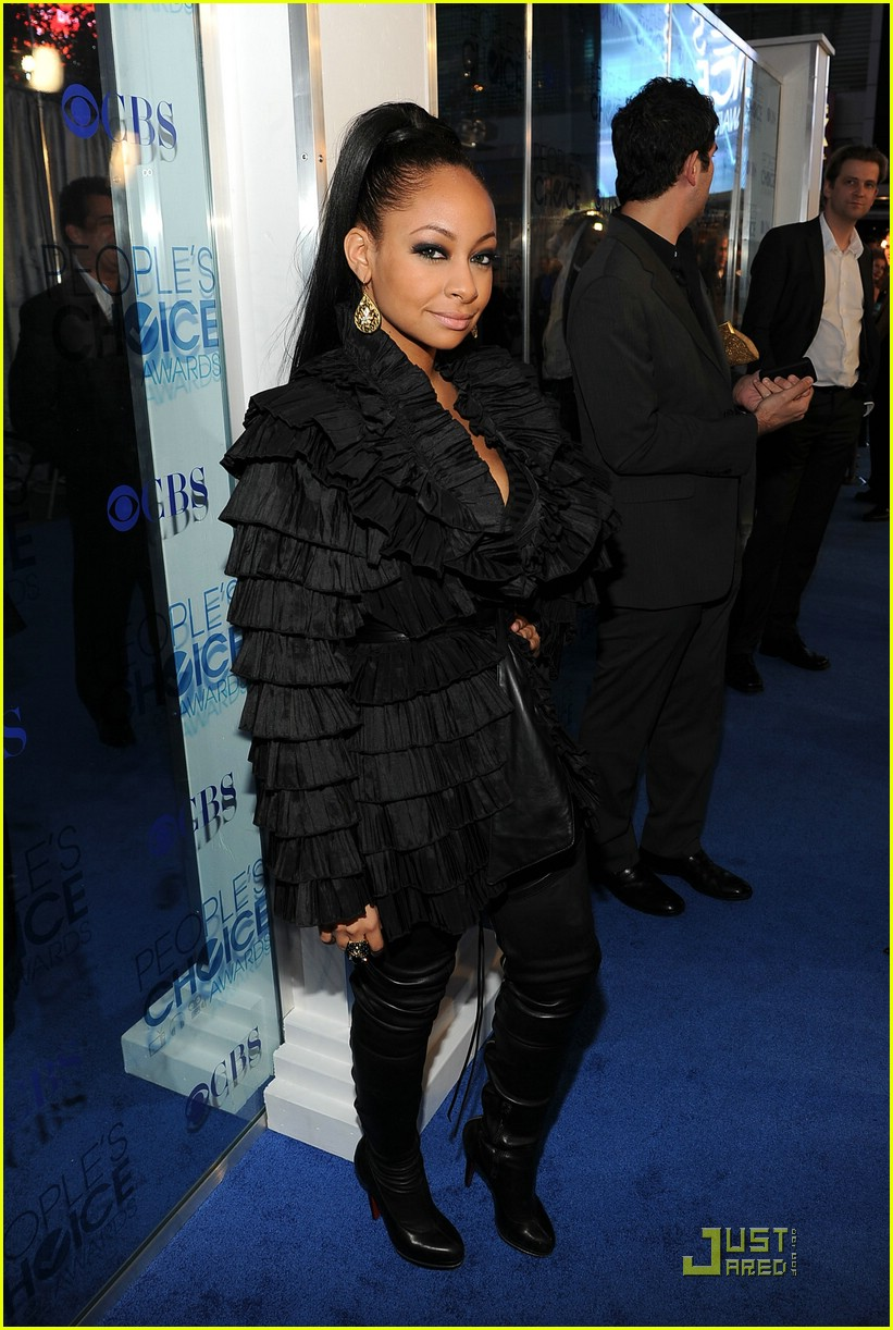 raven symone peoples choice 12