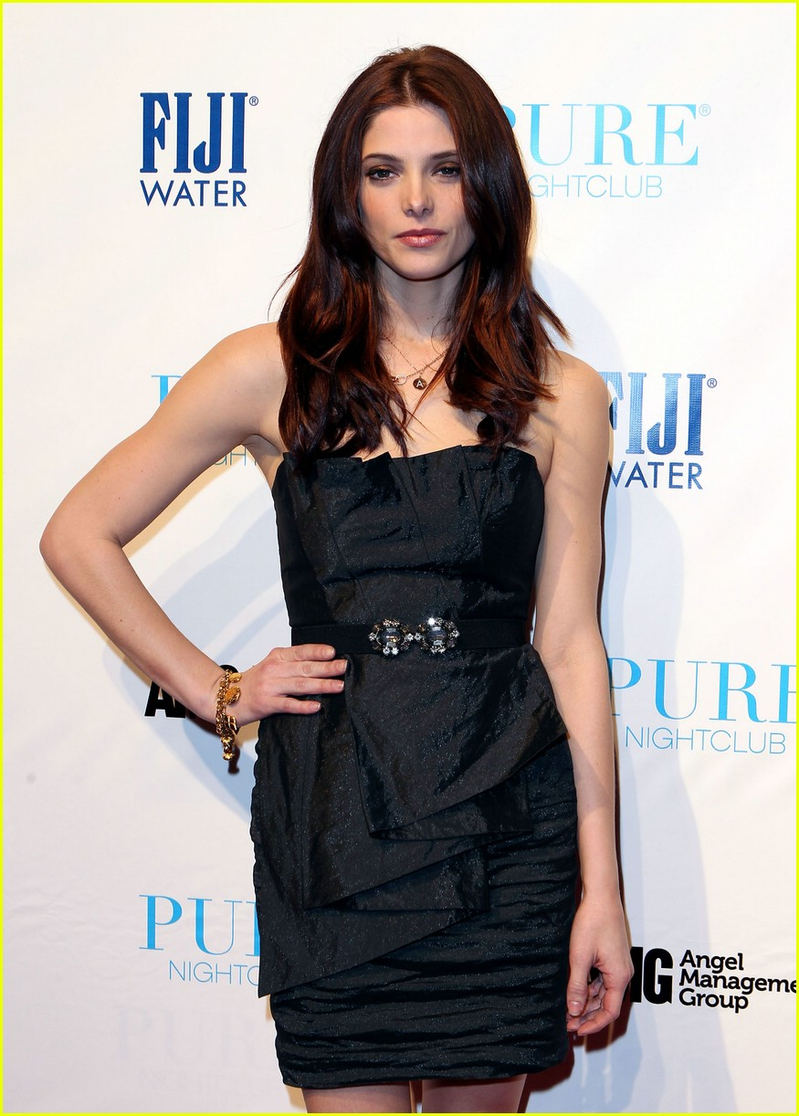 ashley greene pure party 01