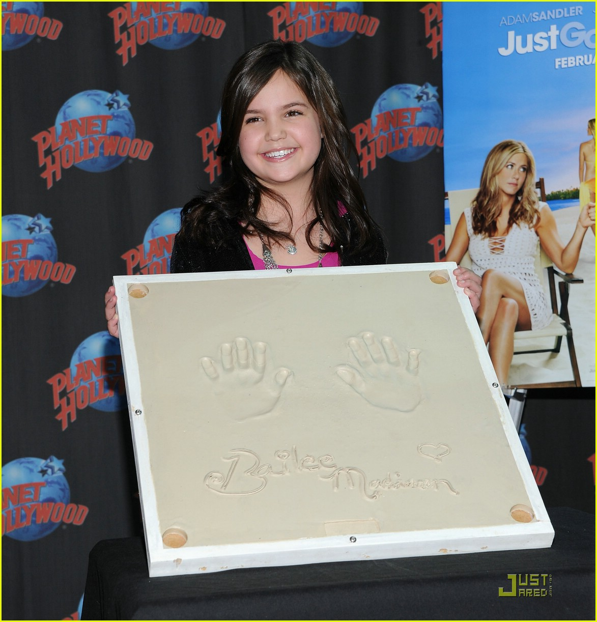 bailee madison planet hollywood 17