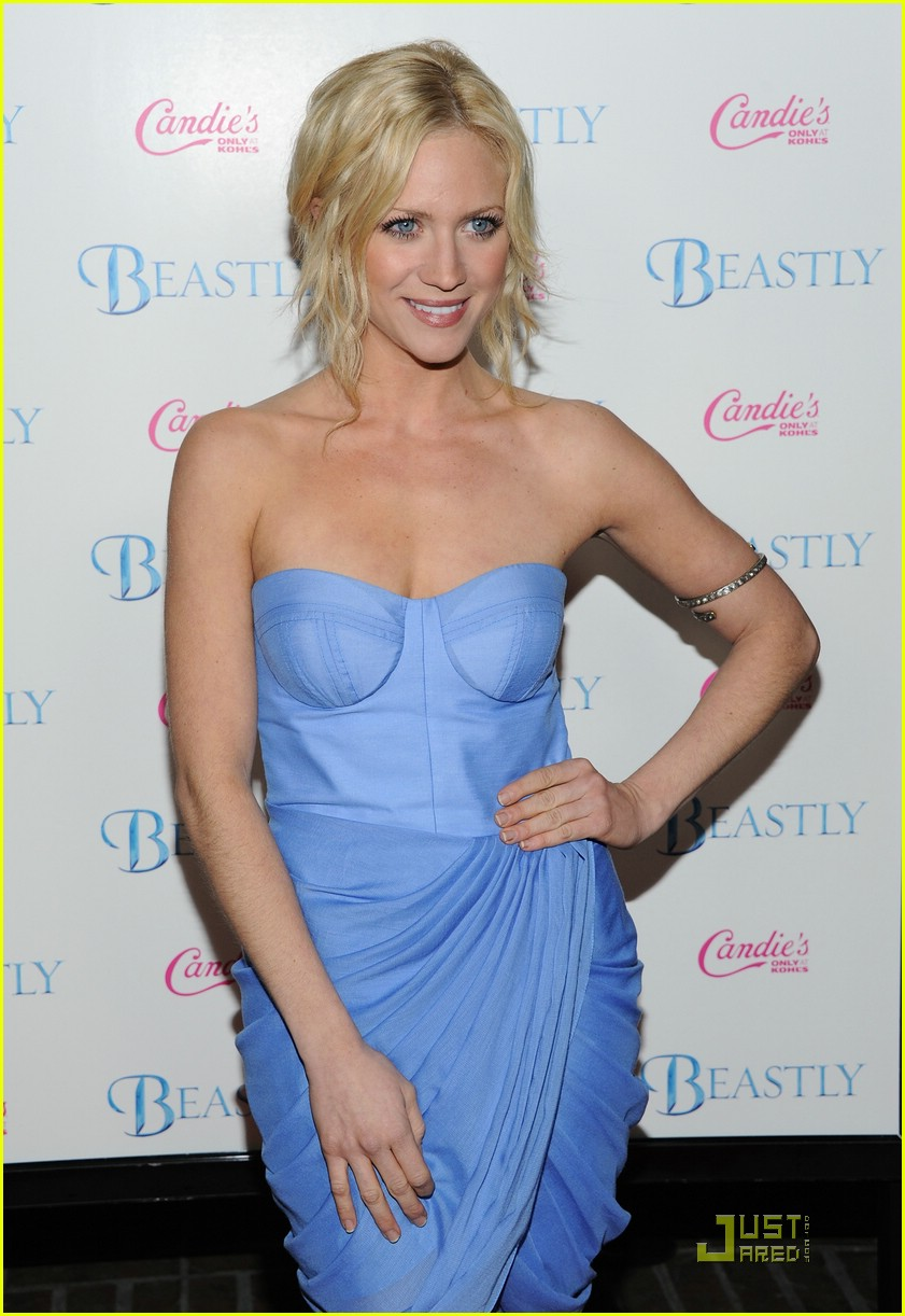 brittany snow beastly blue 05