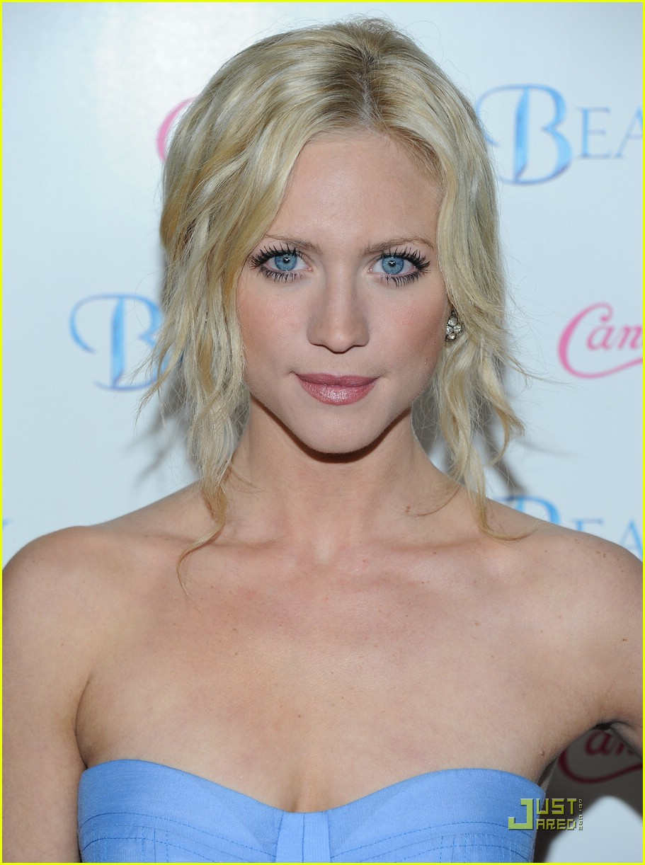 brittany snow beastly blue 06