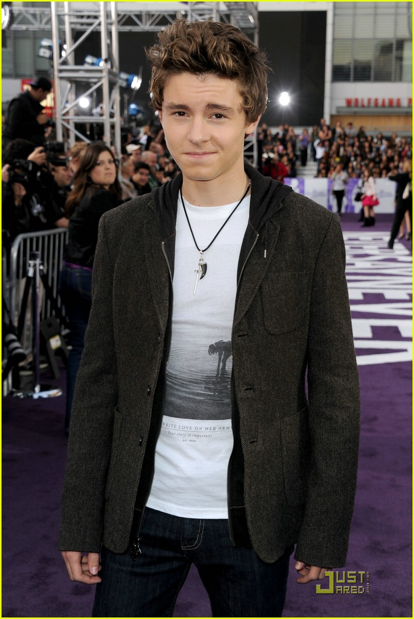 callan mcauliffe respect bieber 03