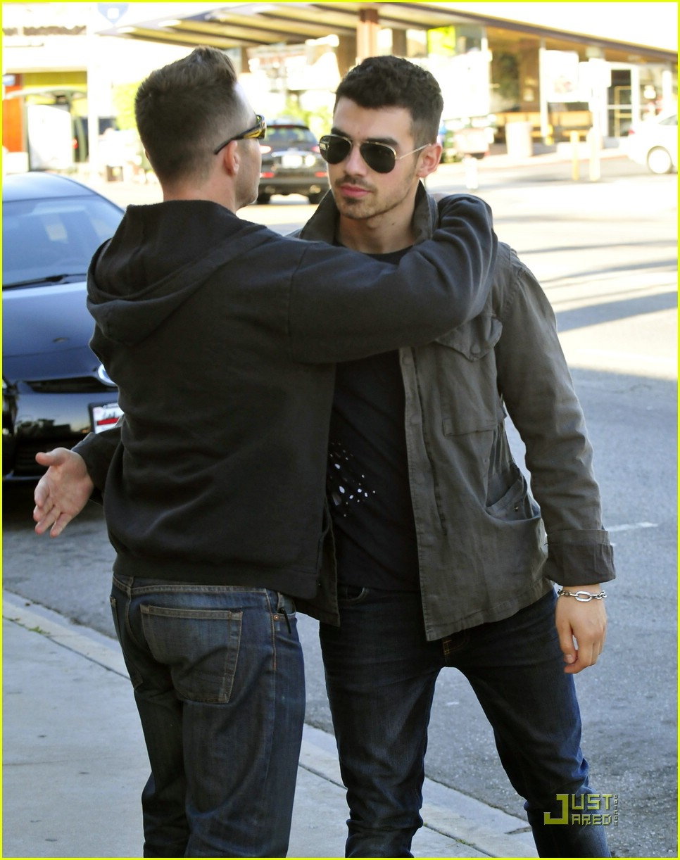 joe jonas homeless real food 10