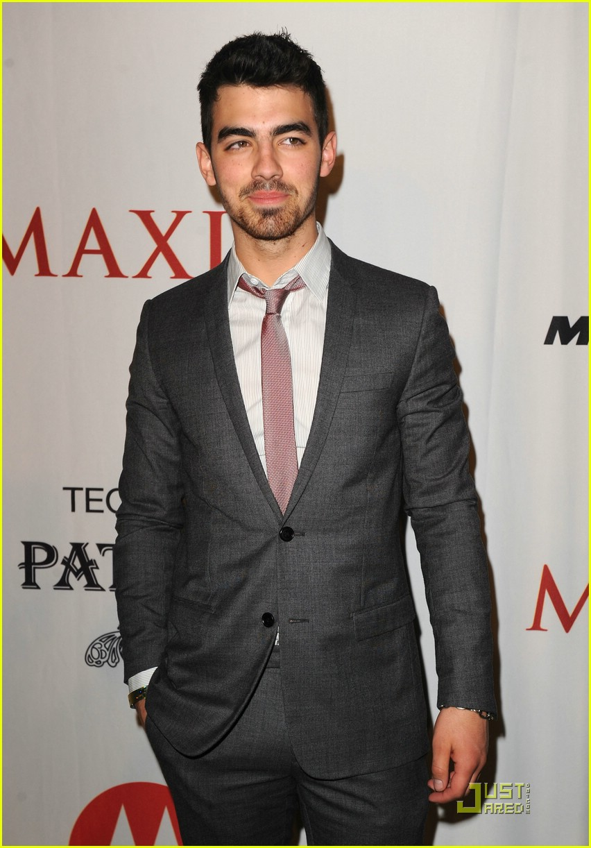 joe jonas xoom motorola party 14