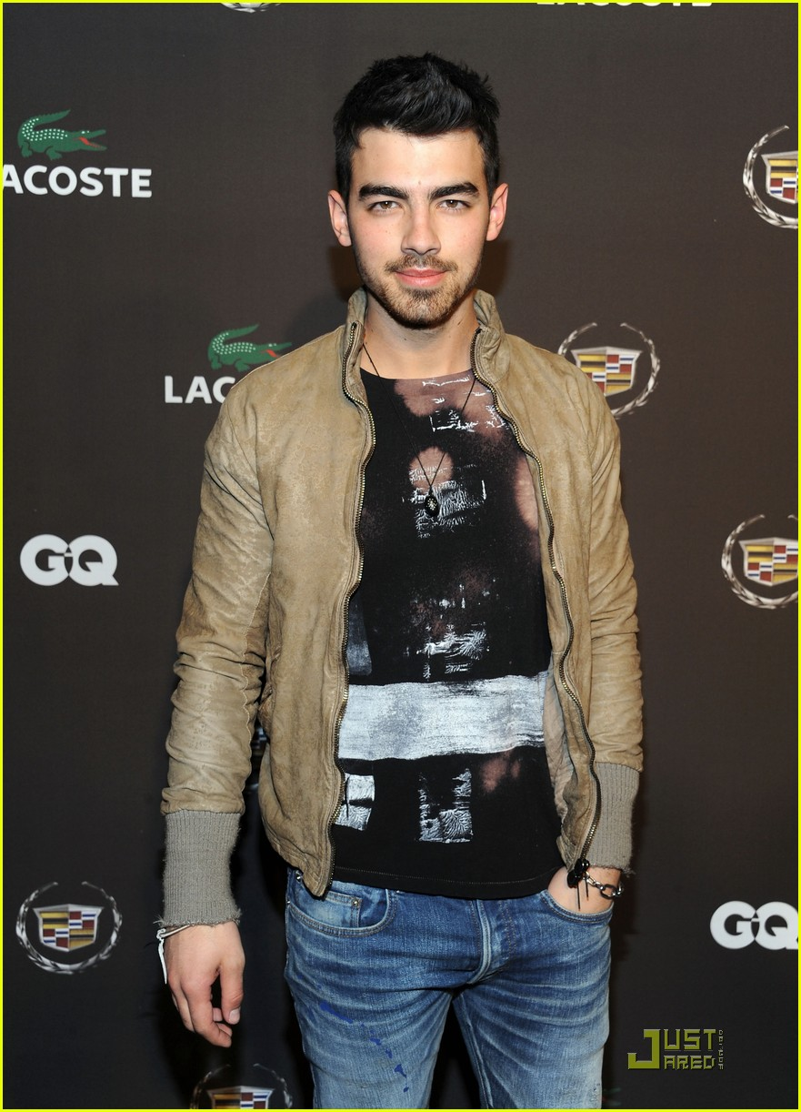 joe jonas gq lacoste cadillac party 06