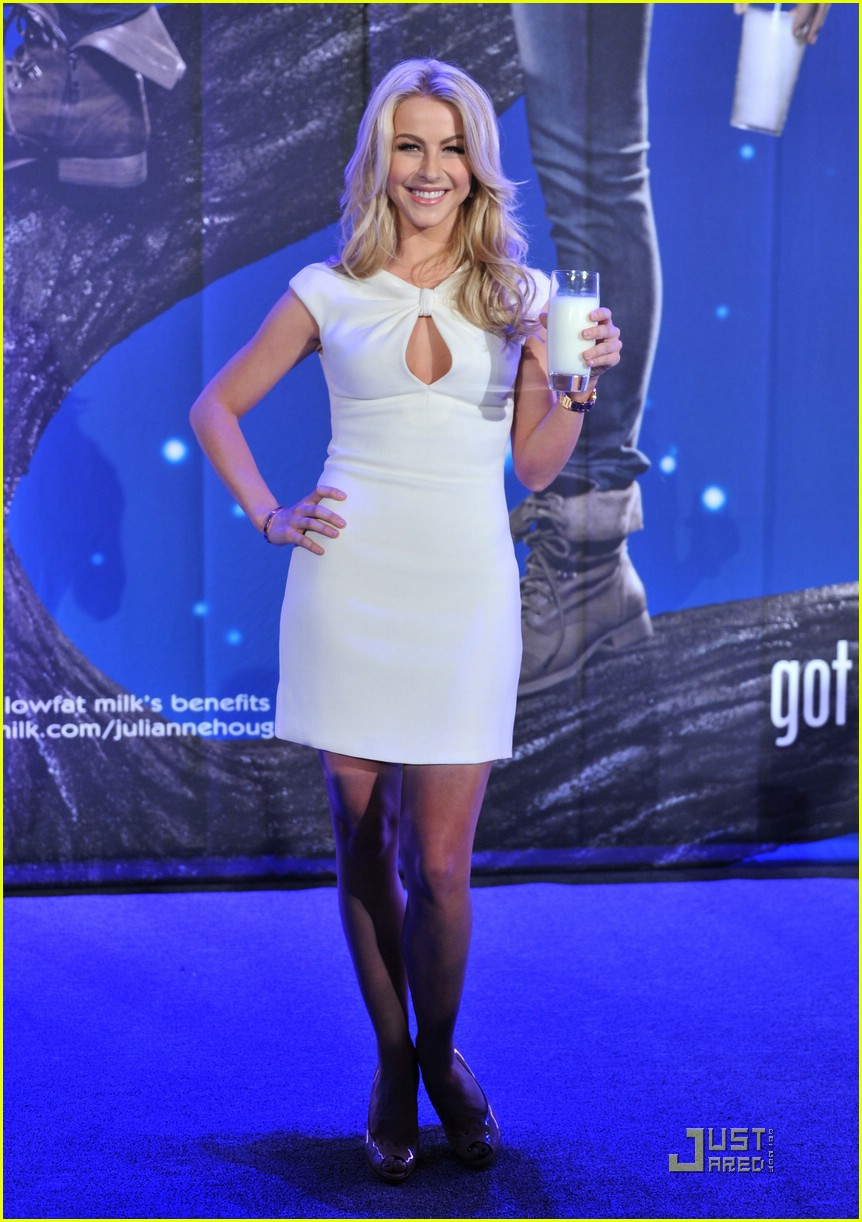 julianne hough got milk ad 25