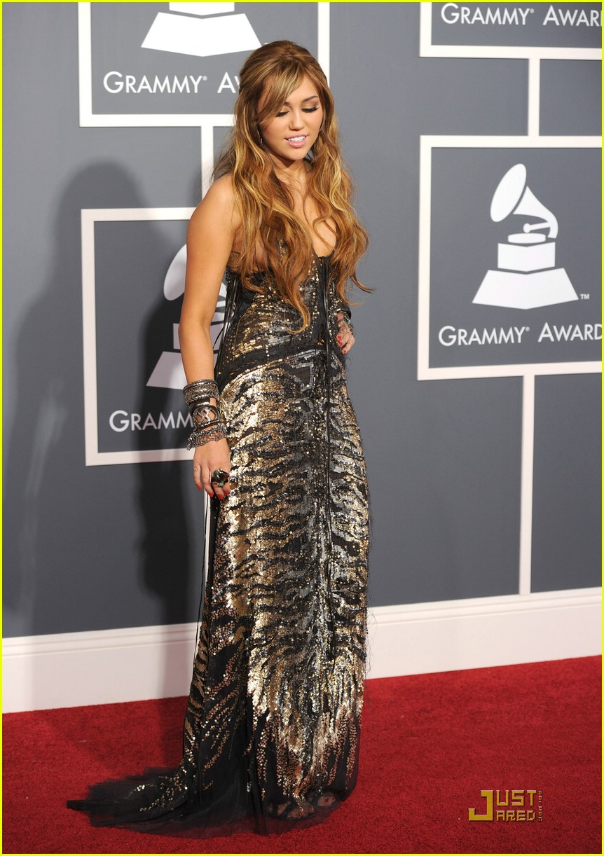 miley cyrus grammy awards 02