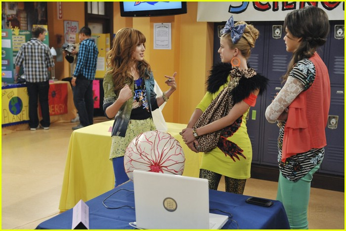 bella zendaya heat shake up 14