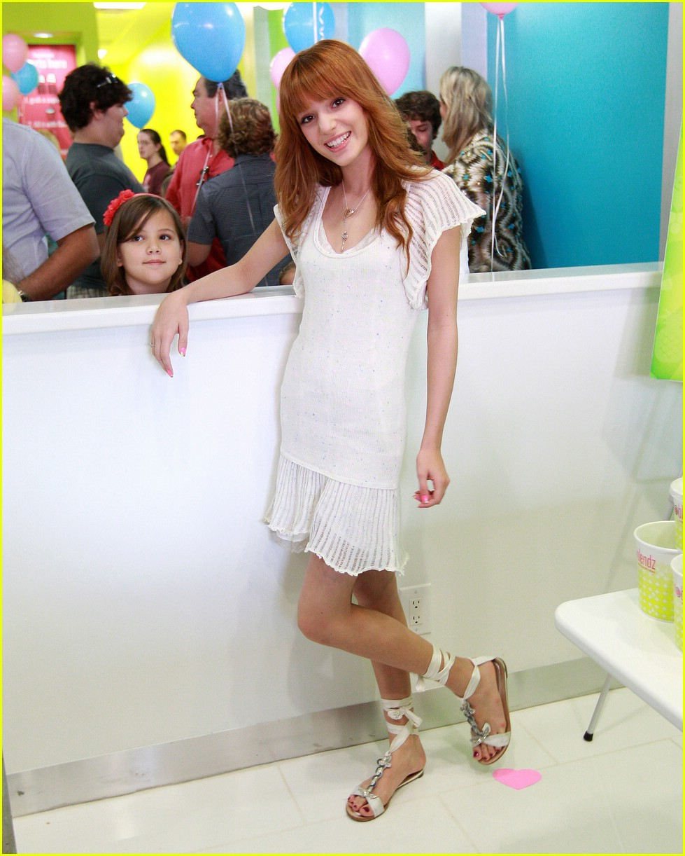 bella thorne yo blendz 02
