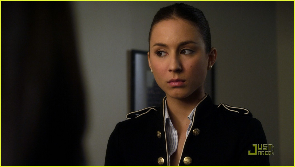 troian bellisario army now 03