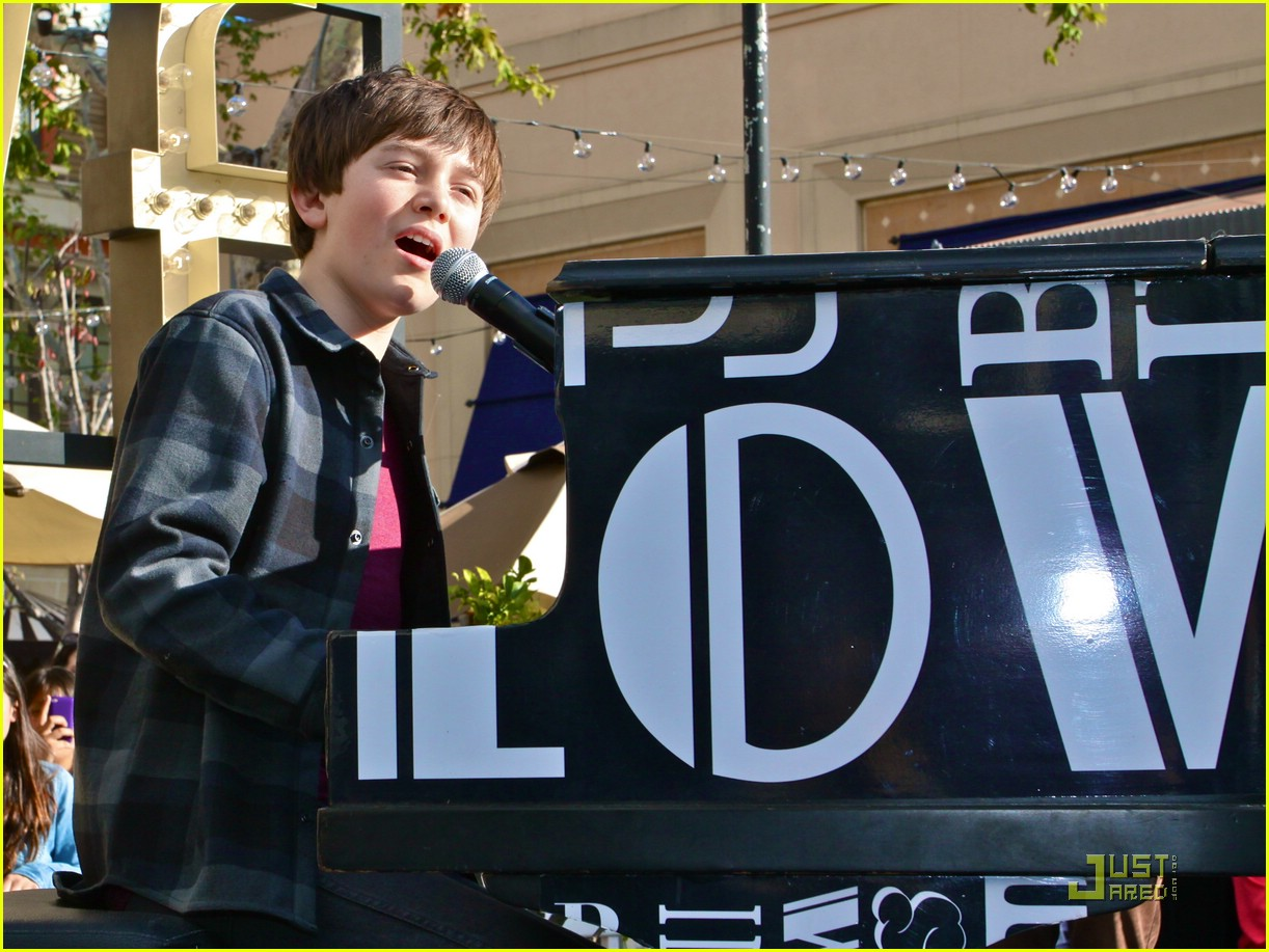 greyson chance grove v mag 01