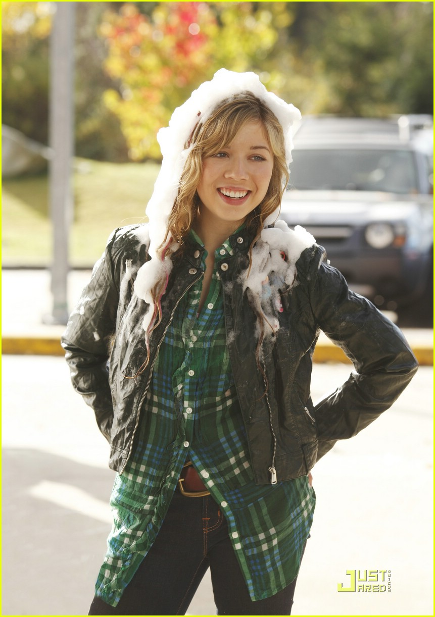 jennette mccurdy best player 03