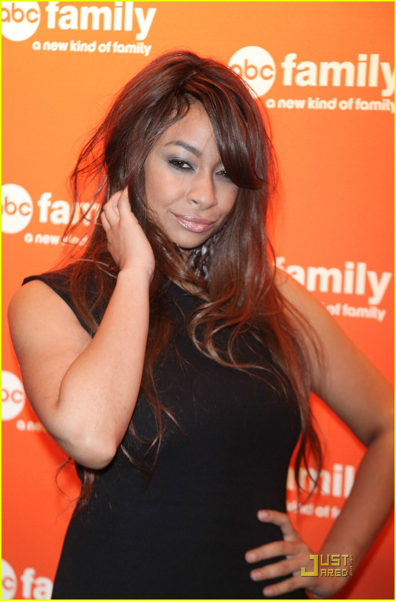 raven symone abc family upfronts 09