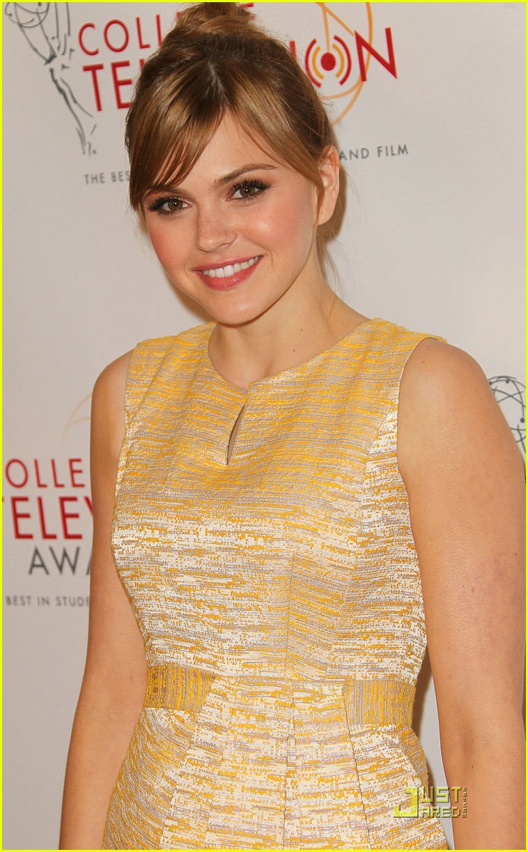 aimee teegarden college emmys 01