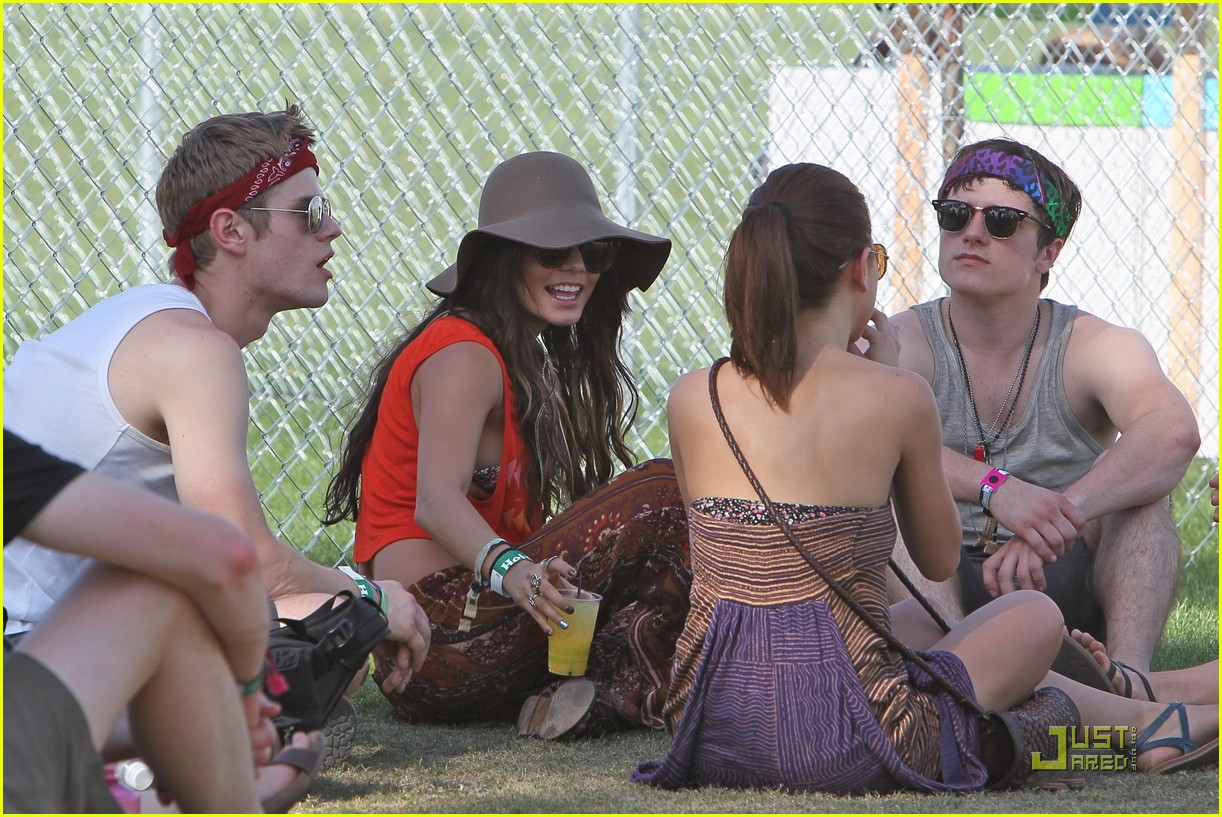 vanessa hudgens coachella josh hutcherson 02