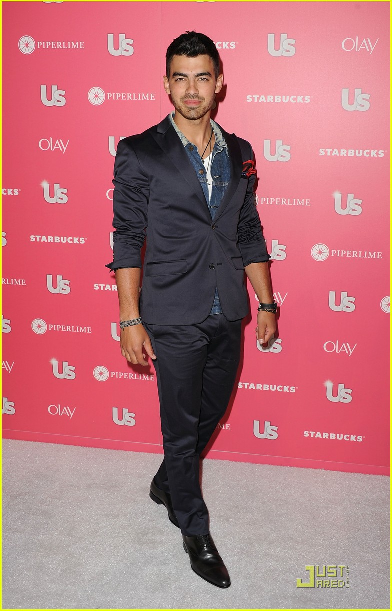 joe jonas hot hollywood party 01