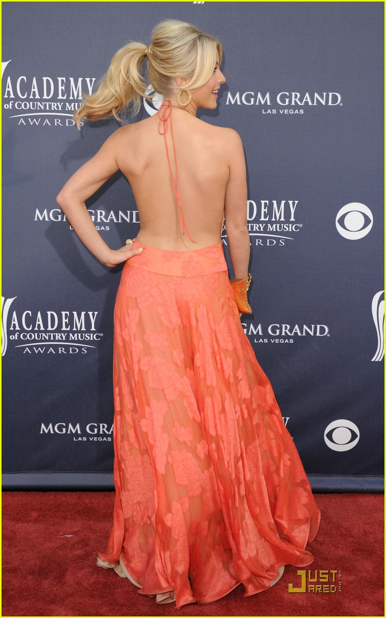 julianne hough acm awards 14