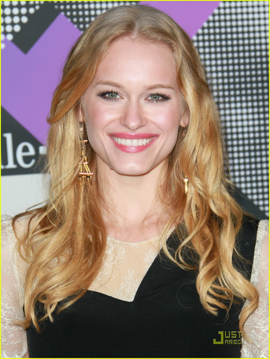 leven rambin tmobile launch 07