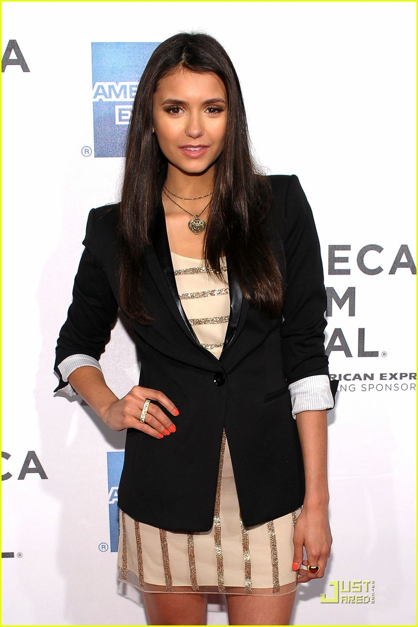 nina dobrev last night premiere 02